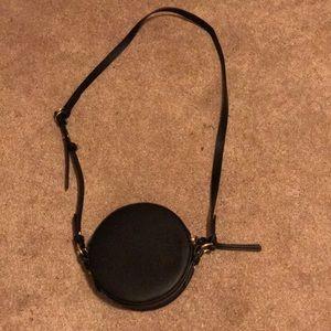 Black Gap Crossbody Circle Bag